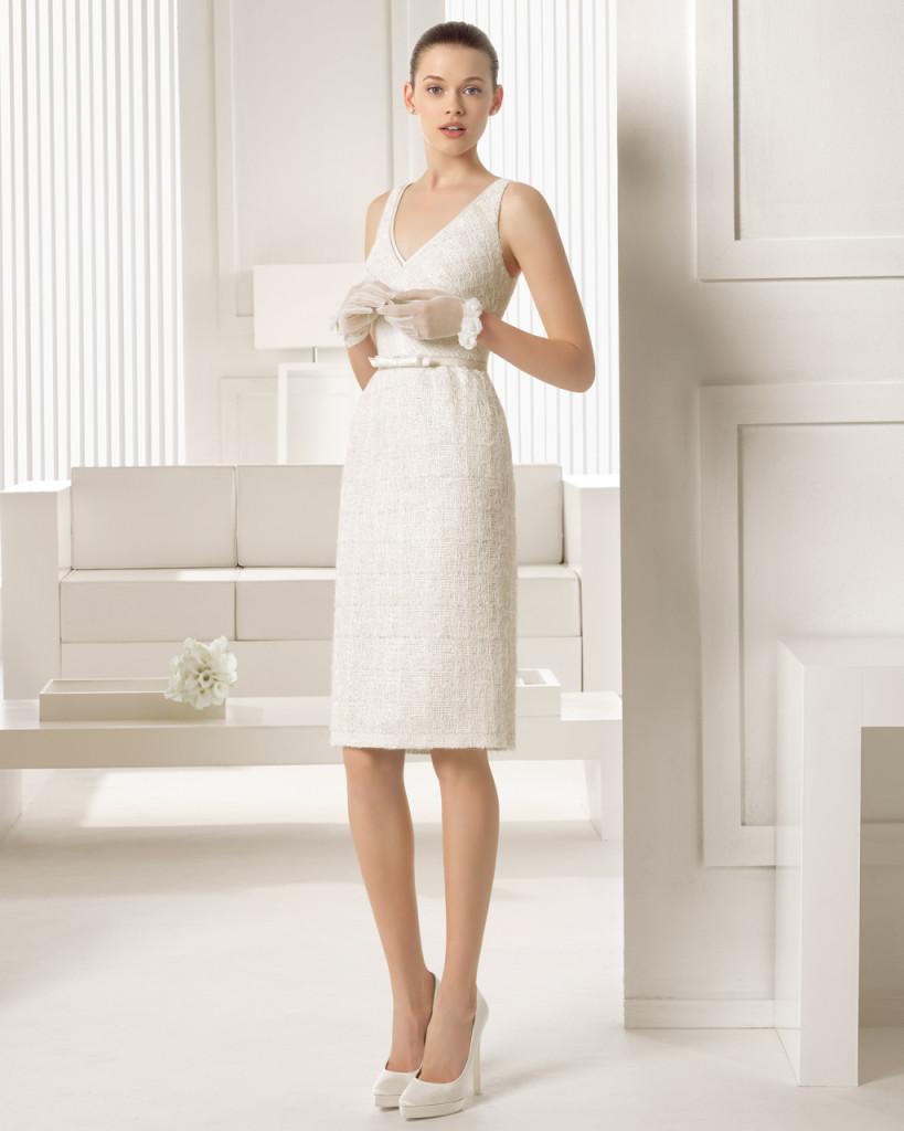 Abito per Occasioni speciali Abito da Sposa a Tubino Rosa Clarà da utilizzare in viaggio di nozze come abito elegante