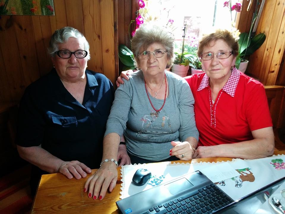 Erminia, Iolanda e Armida: tre dell 12 nonne che voglio vedere il mare per la prima volta.