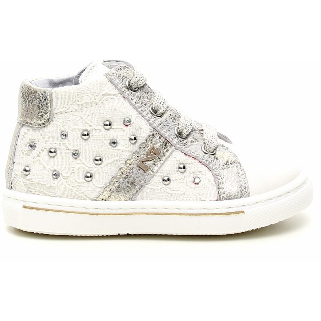 collezione sneakers nerogiardini  bianco e argento