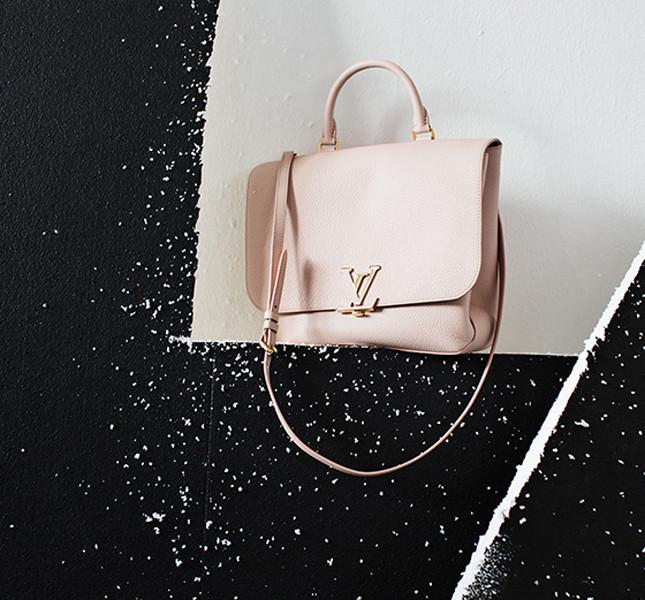 Louis Vuitton Volta Taurillon color petale