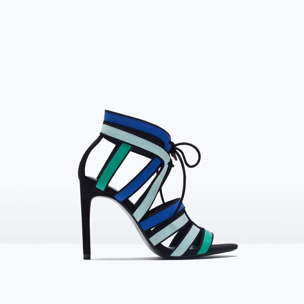 Sandali con tacco alto tricolor Zara