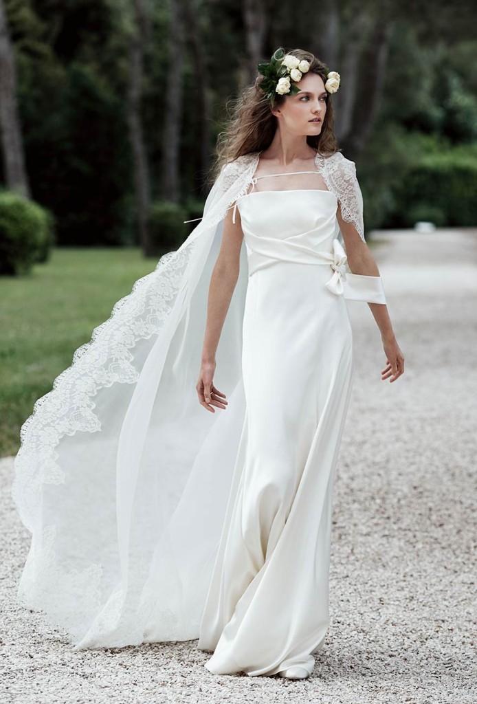 ... Abito Vesta con mantella da sposa ... 45e119f5061
