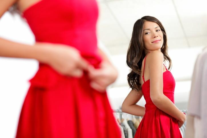 Il make up perfetto per un abito scarlatto