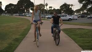 """""""Voglio solo fare le cose normali come qualsiasi ragazza… Voglio l'amore, il rispetto, la felicità"""" ribadisce Lindsay."""