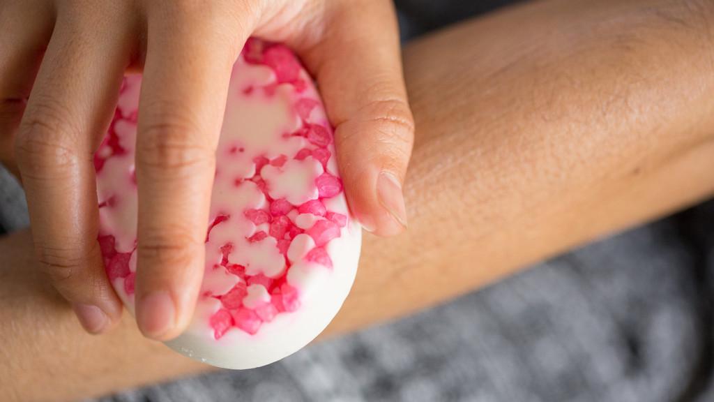 Lush - Pearl Massage Bar