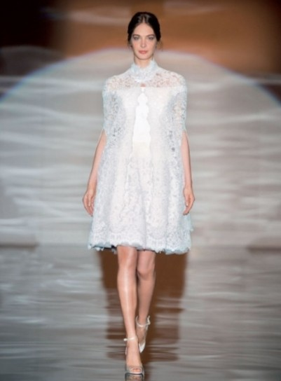abito bianco corto stile retrò