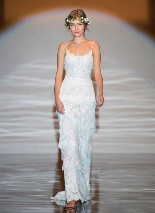 abito-bianco in pizzo con spalline sottili stile Shabby Chic