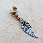 Ear cuff con pendente rosa e ala di Arts&Crafts su Dawanda