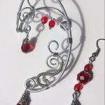 """Ear cuff """"elfico"""" con pietre rosse e orecchino abbinato di CrystalFlowers su Dawanda"""