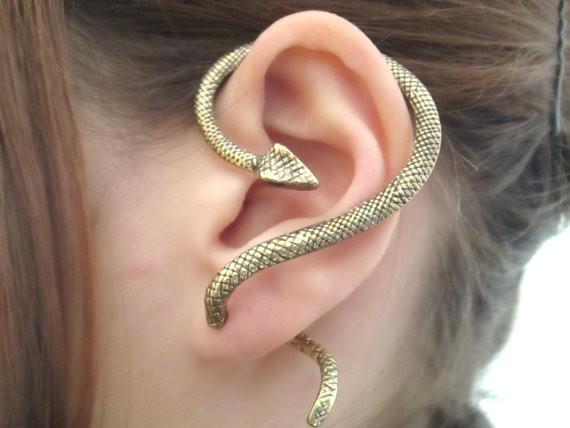 Ear cuff stile fantasy con serpente in vari colori di StylesBiju 15,57 euro su Etsy