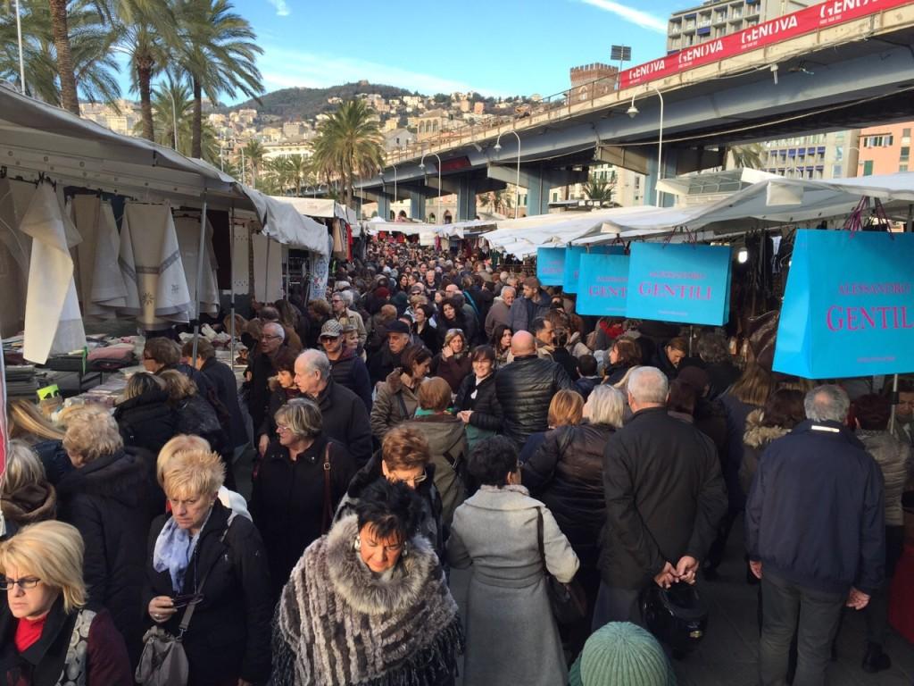 Il Mercato di Forte dei Marmi richiama sempre una grande folla