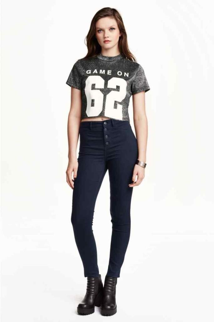 H&M_ Jeans e maglia sportiva