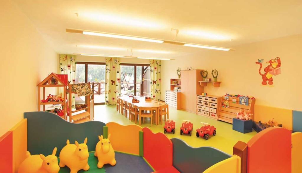 Hotel Dolomiti class accessori per neonati servizio di baby sitting professionale