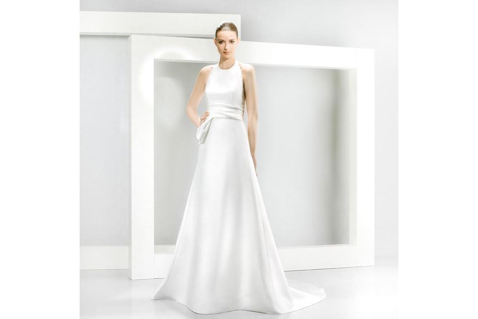 abito morbido bianco molto semplice minimal chic