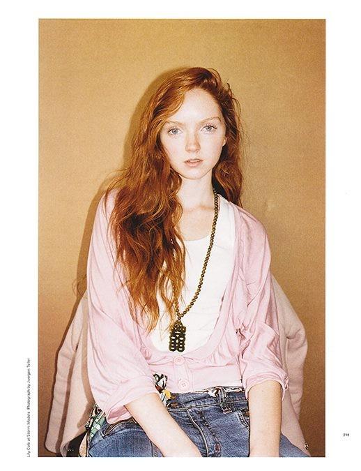 Lily Cole, la celebre modella, è una rossa naturale doc