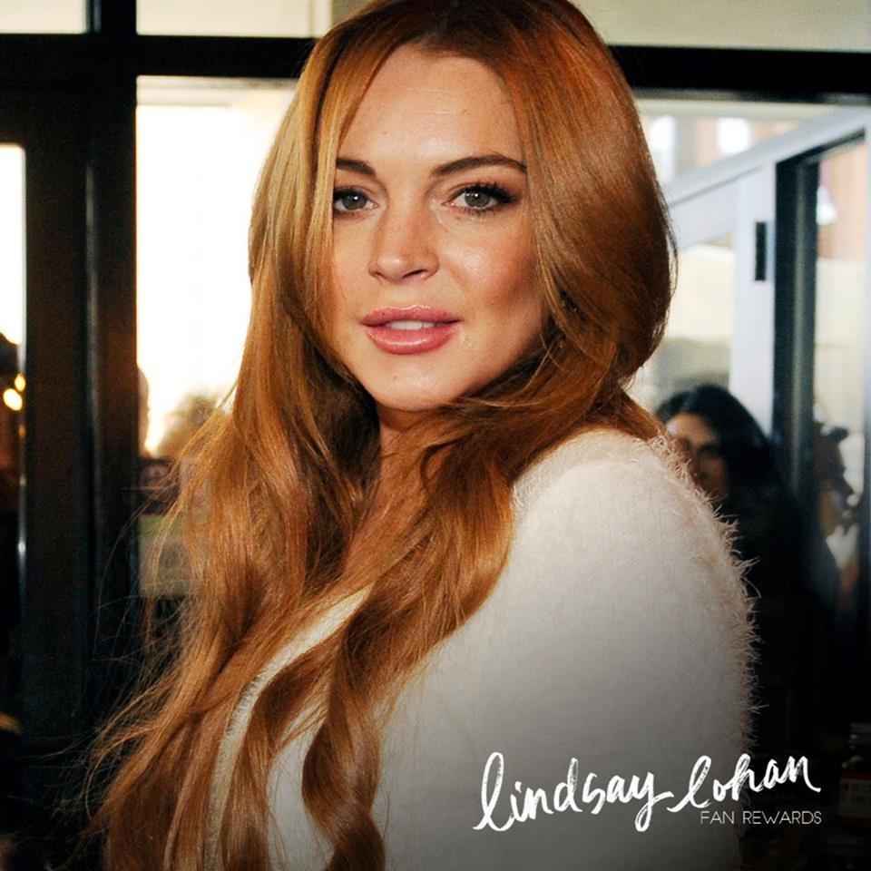 Lindsay Lohan, rossa naturale, ha cambiato tantissime volte colore di capelli (è stata bionda, castana...) ma poi torna sempre alle origini