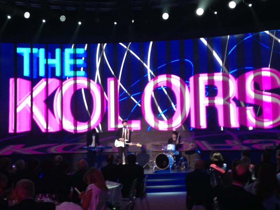 I the Kolors sono formati da Stash (vode e chitarra),  Alex (batteria) e Daniele (sintetizzatore)