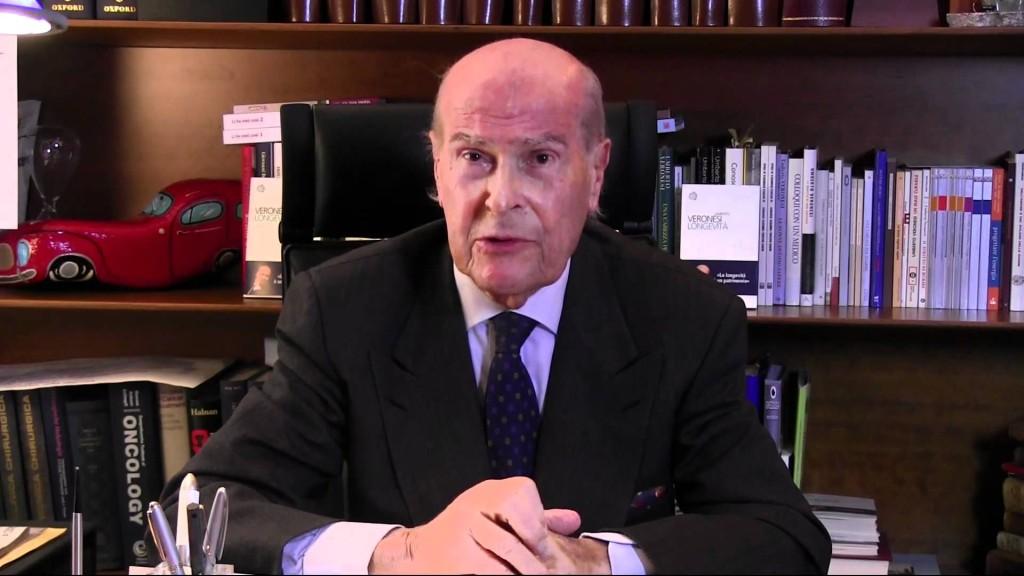 Il professor Umberto Veronesi, promotore di una dieta senza utilizzo di carne