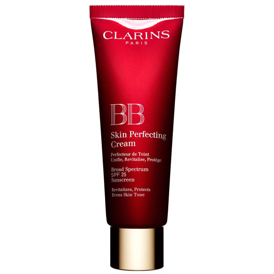 Clarins BB Skin Perfecting Cream uniforma il colorito e lo illumina