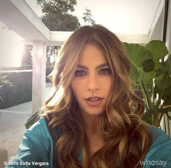 Sofia Vergara sceglie un make up occhi intenso e luminoso