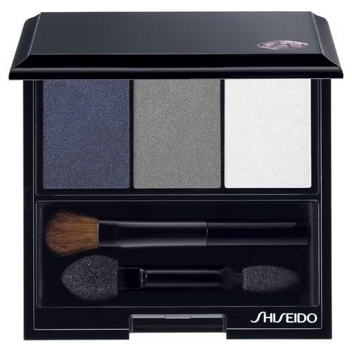 L'Ombre Doux Eclat Trio di Shiseido nella colorazione Snow Shadow