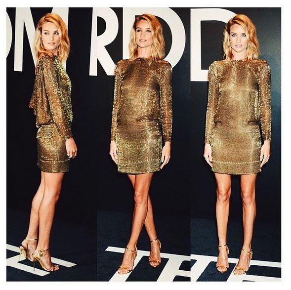 I mini dresses sono spesso una delle sue carte vincenti, via libera a paillettes e sbrilluccichìi per le serate glam.
