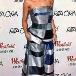 Rita Ora e il suo caschetto rosa