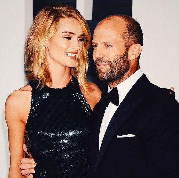 Jason Statham e la fidanzata Rosie Huntington-Whiteley affiatatissimi.