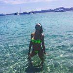 Melissa al mare, nella sua Sardegna