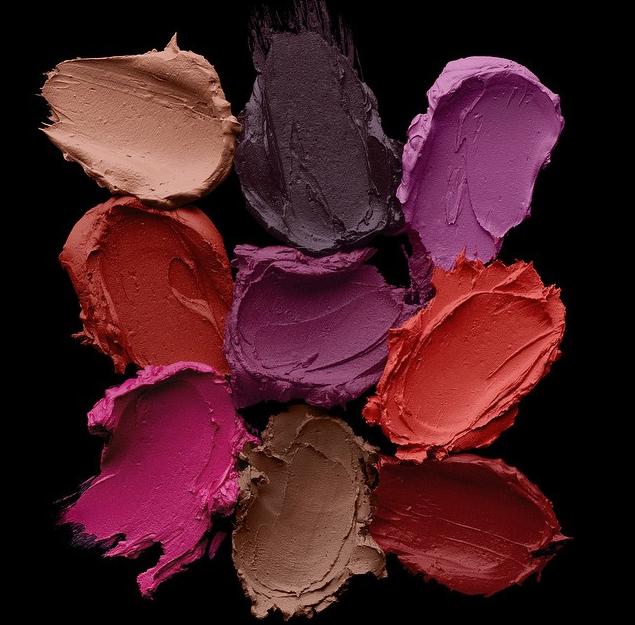 Matte Revolution Lipstick di Urban Decay