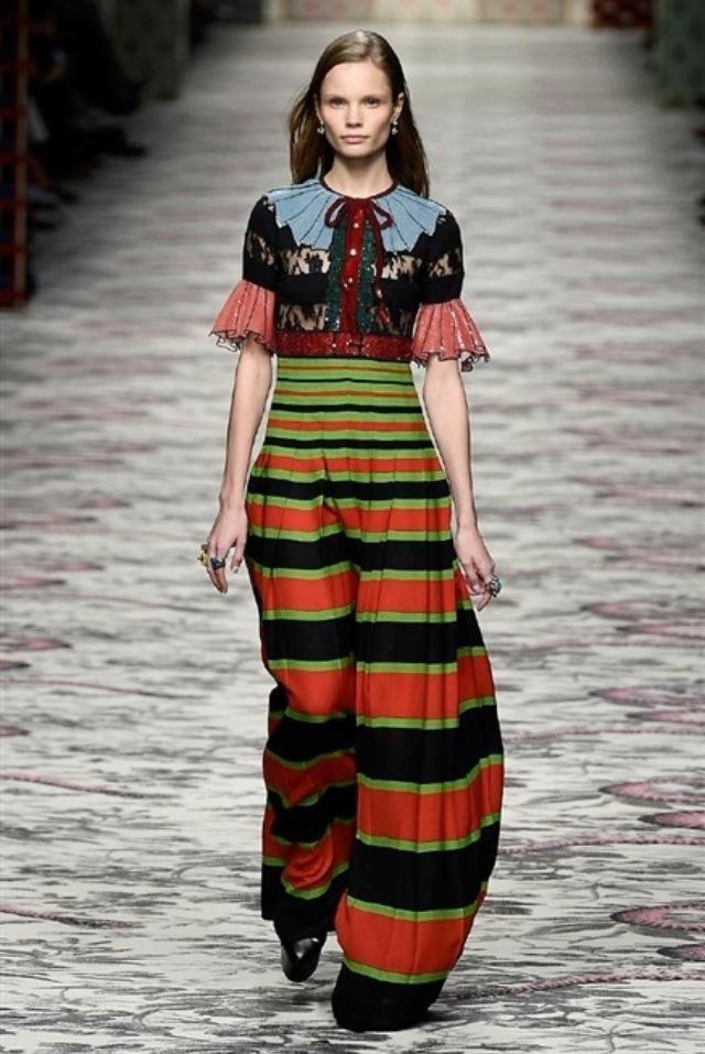 Colori vividi e suggestioni romantiche e bohèmien da Gucci SS 2016
