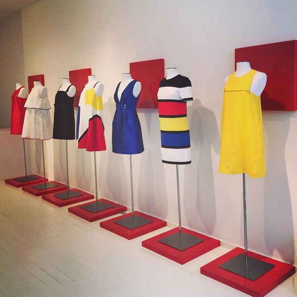 Per la sua collezione primavera estate 2016 Lisa Perry si ispira nientemeno che a Mondrian