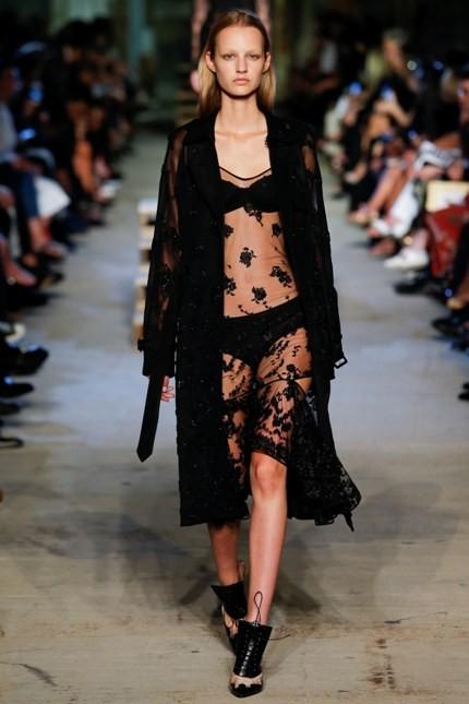 Givenchy sottoveste trasparente con decori in pizzo