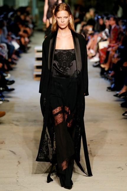 Givenchy abito nero con trasparenze