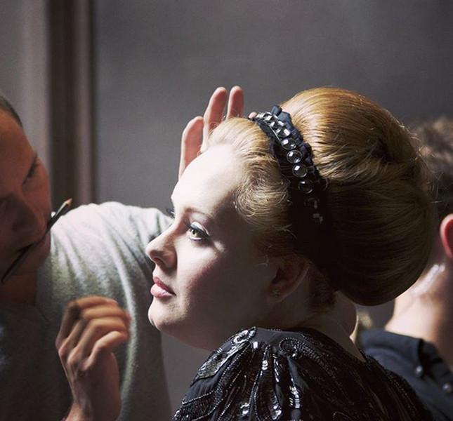 Adele si prepara allo show