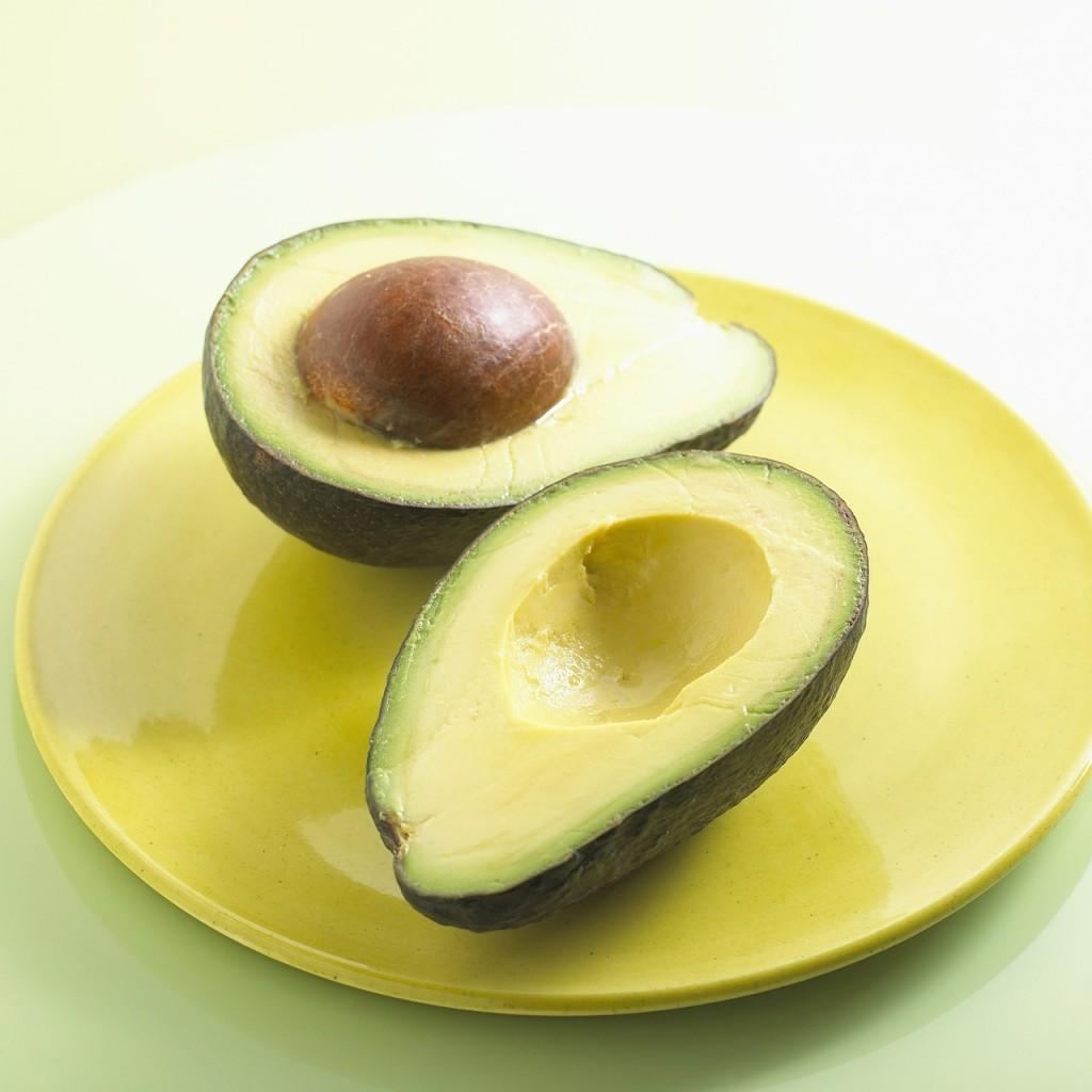 L'avocado fa bene alla salute ed è un grasso