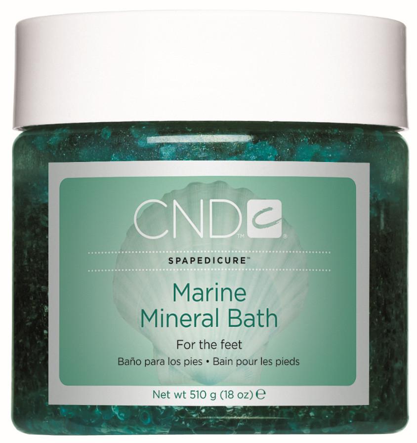 CND - Marine Salt Scrub  scrub delicato che leviga delicatamente la pelle dei piedi e la purifica