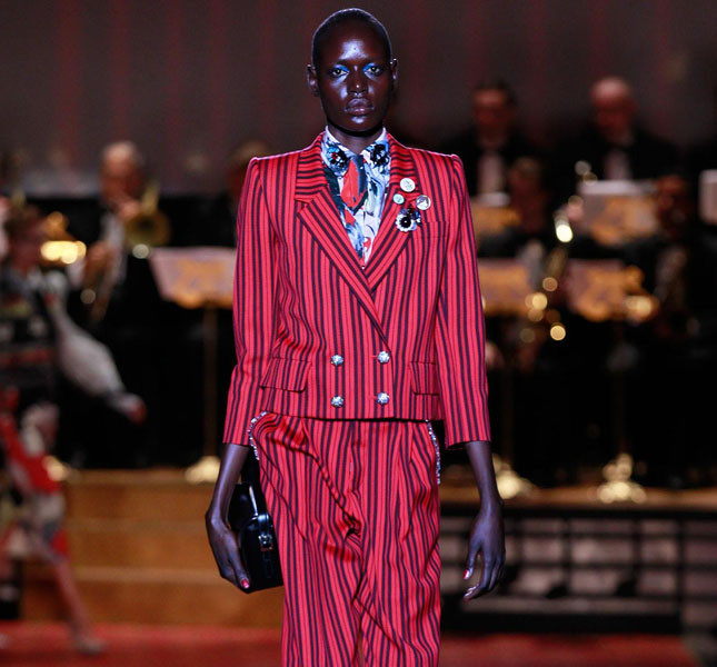Marc Jacobs tailleur a righe