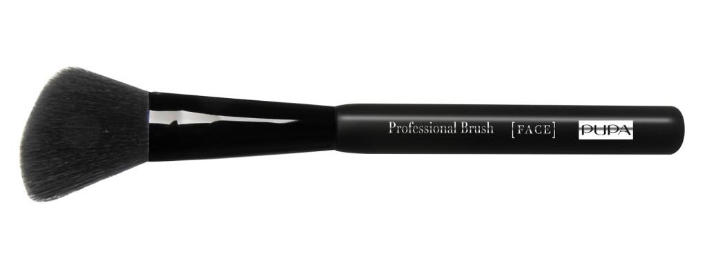 Pennello professionale di Pupa per l'applicazione del Blush