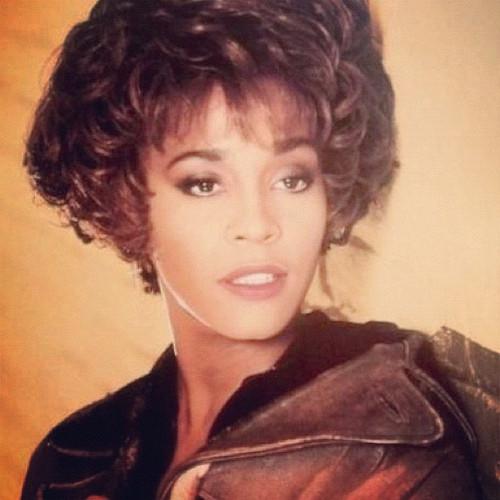 Whitney Houston in un ritratto degli esordi.