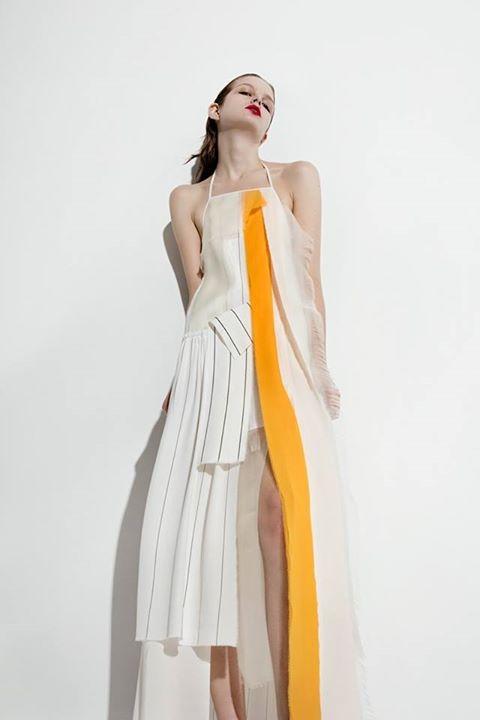 Si ispira alle opere dello scultore romeno Constantin Brancusi la collezione Christian Wijnanants SS 2016.