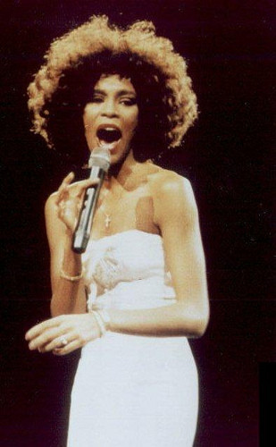 Whitney Houston agli inizi della carriera, negli anni '80.