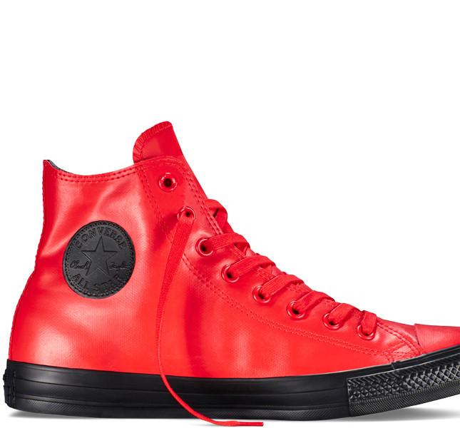 Converse Chuck Taylor All Star Rubber color rosso fuoco.