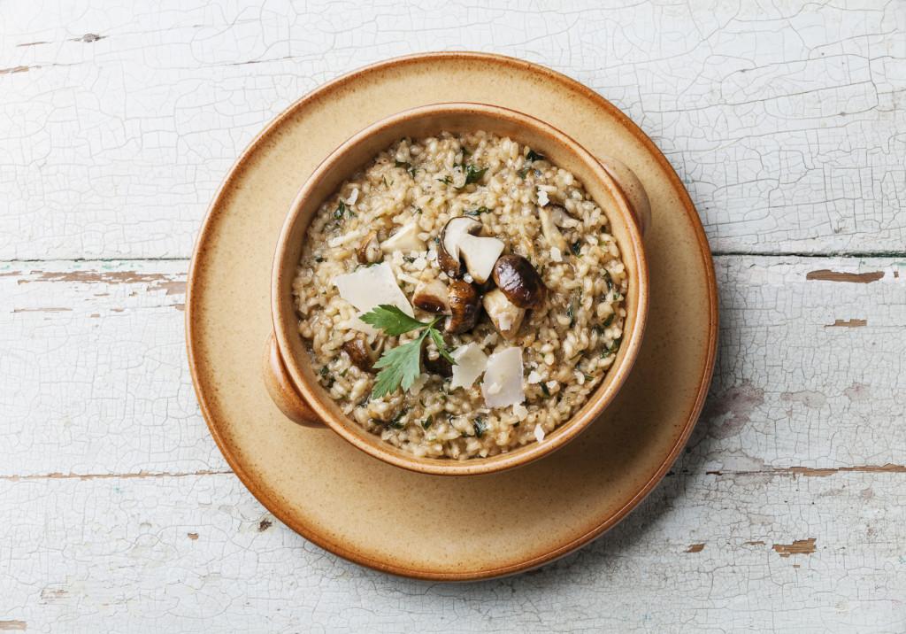 Profumo d'autunno con il risotto ai funghi porcini: una tipica ricetta autunnale.