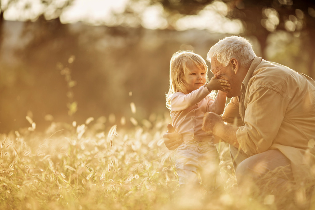 L'amore dei nonni è prezioso e indimenticabile: rimarrà per sempre parte di noi