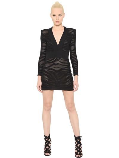 Vestito scollo profondo  Balmain in cotone stretch jacquard (1.595 euro)