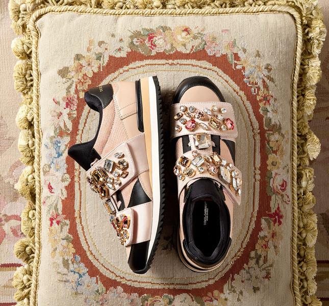 Dolce&Gabbana sneakers rosa cipria con inserit gioiello