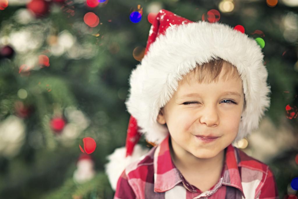 Consigli e suggerimenti per il look natalizio del tuo bebè.