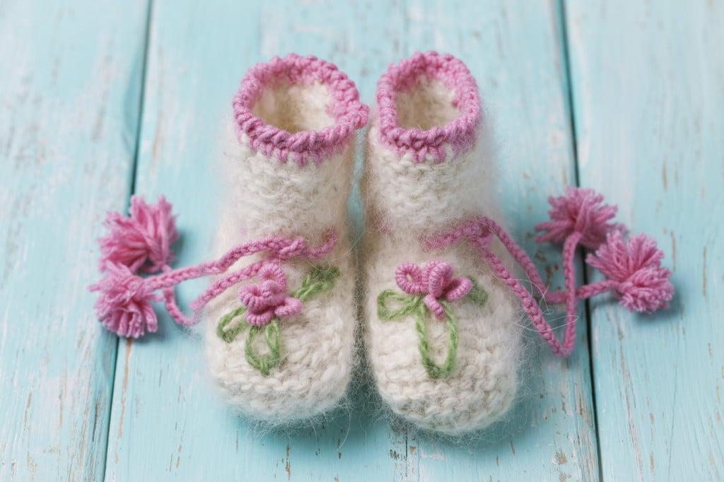 Calzetti, pantofoline e scarpette per il tuo bebè: scegli come proteggere i piedini del tuo piccolo maratoneta.