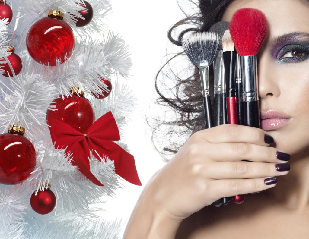 La notte di san Silvestro è vicina: ecco 10 prodotti da infilare in borsetta per risplendere come una stella!